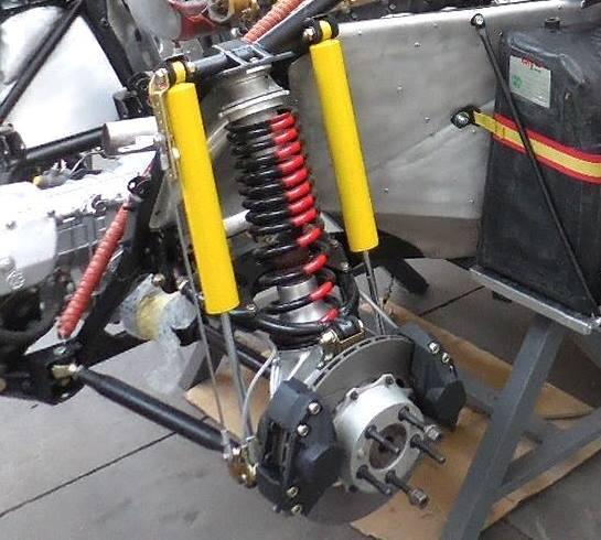 037 rear brakes.jpg